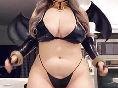 thick cosplay found on instagram