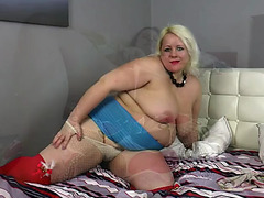 NiceLooking chunky beautiful woman stars in juvenile fatties compilation