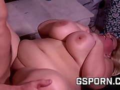 Obese milf fucked coupled with meet her pussy with hot sperm