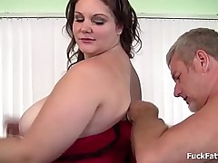 Beautiful brunette bbw gets her buxom juicy pussy fucked