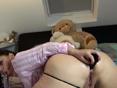 MyDirtyHobby- PAWG babe plays with 2 dildos in the twinkling of an eye