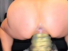 Stretching essentially Renowned Dumpy Dildo