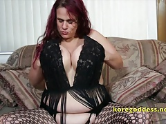 Babe with pretentiously drape tits wearing fishnets