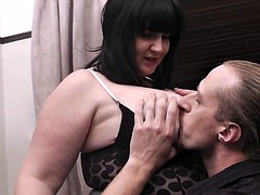 Buxom brunette gets will not hear of pussy plowed hard by a stranger